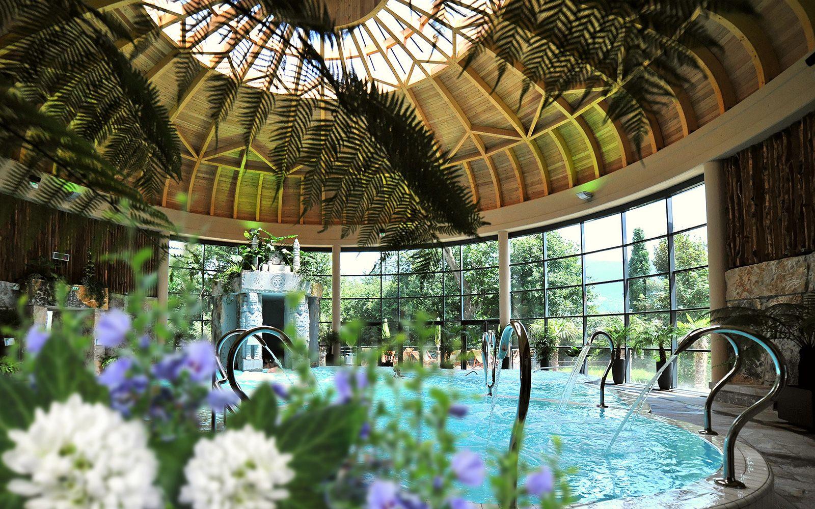 Le jardin des bains bains et relaxation centre - Thermes argeles gazost jardin bains ...